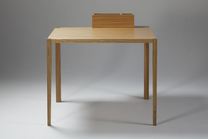 01 02 03 04 05 06 credits keeps the contanier dimensions utility table - Utility Table